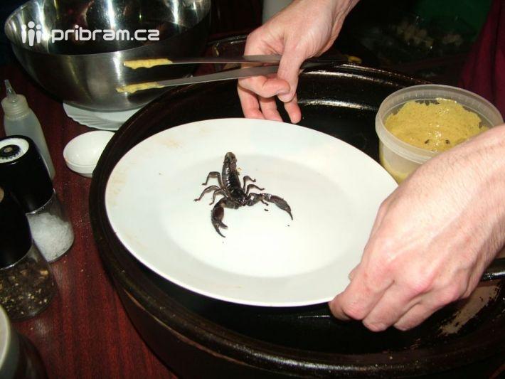 Gastronomickým večerem, kdy vhlavní roli …