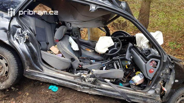 Vážná nehoda se stala nedaleko obce Solenice …