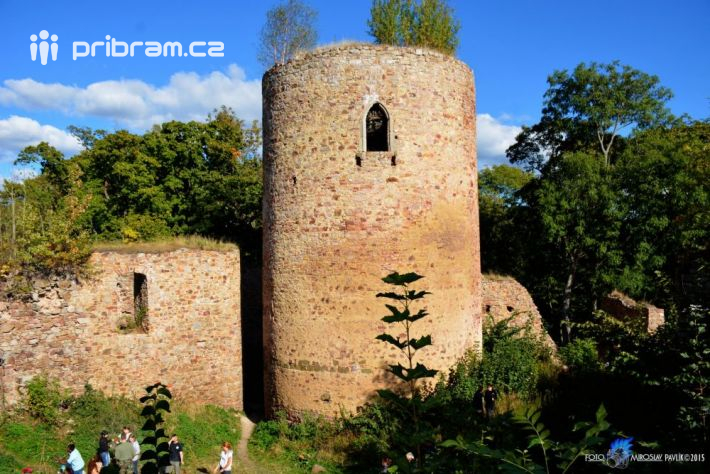 Hrachoviště - zřícenina gotického hradu Valdek …