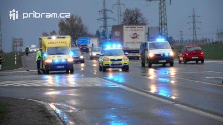 Dopravní nehoda dodávky a hasičského vozu na …