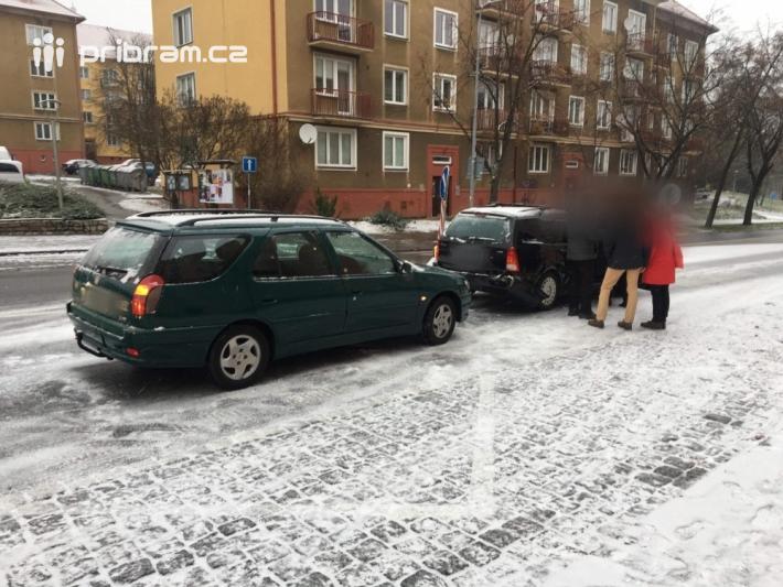 Dopravní nehoda Příbram - ulice Třída …
