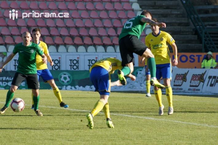 Lepší tým inkasoval Domácí tým 1.FK měl před …