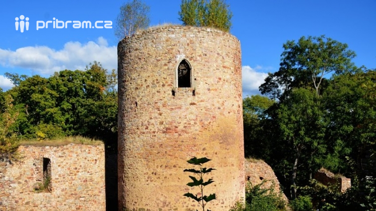 Zajímavá místa v Chráněné krajinné oblasti Brdy: zřícenina hradu Valdek