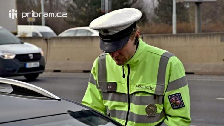 Bilance Highjumpu v Hříměždicích? Smrt ve vodě pod vlivem alkoholu i drog, znásilnění a opilí i zfetovaní řidiči na silnicích