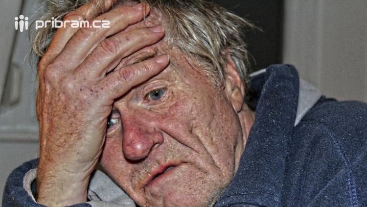 Neváhal okrást invalidního důchodce