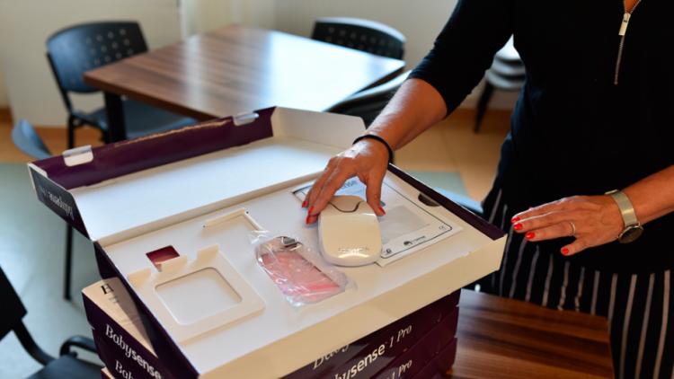 Novorozence bude hlídat 5 nových monitorů dechu