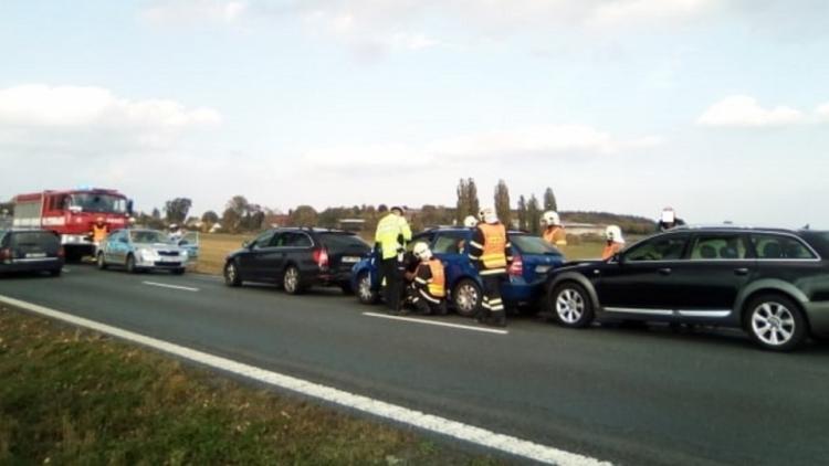 Aktuálně: Hromadná dopravní nehoda omezuje provoz na Strakonické