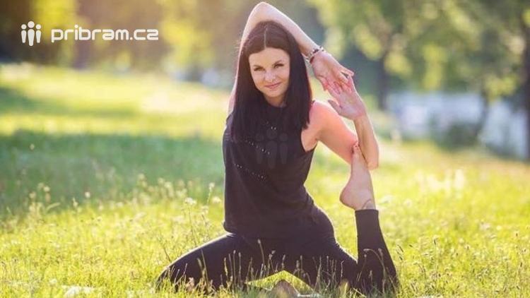 Jóga již dávno není pouze pro ženy, za duševní harmonií i fyzickým zdravím míří do Life Yoga Studia i muži