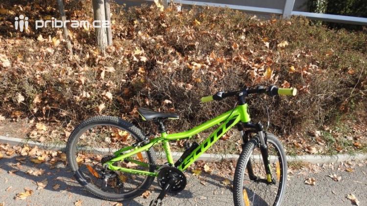 Právě teď: Nezletilého cyklistu srazilo auto, skončil v nemocnici