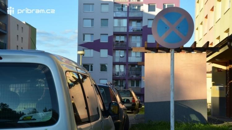 Na Drkolnově přibude několik parkovacích míst