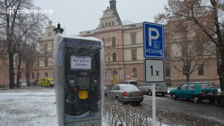 Rozlišení parkovacích zón v Příbrami finišuje. Jaké změny nás s nimi čekají?