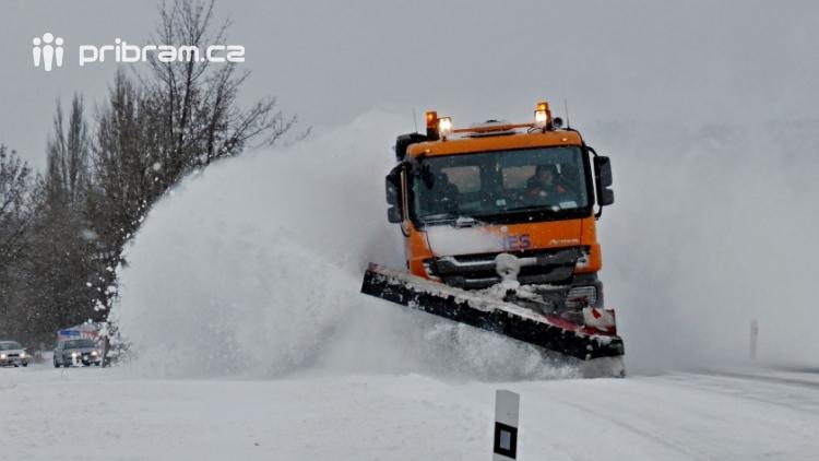 Zima v sobotu jen odpočívá, aby zítra udeřila s novou silou a začala nás opět zasypávat sněhem