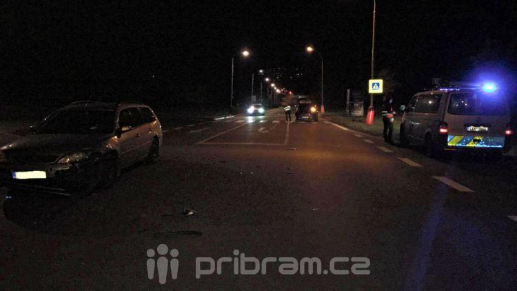 Dopravní nehoda dvou vozidel na křižovatce v Příbrami