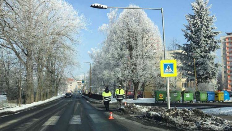 Řidič srazil chodce v Žežické, policie hledá svědky