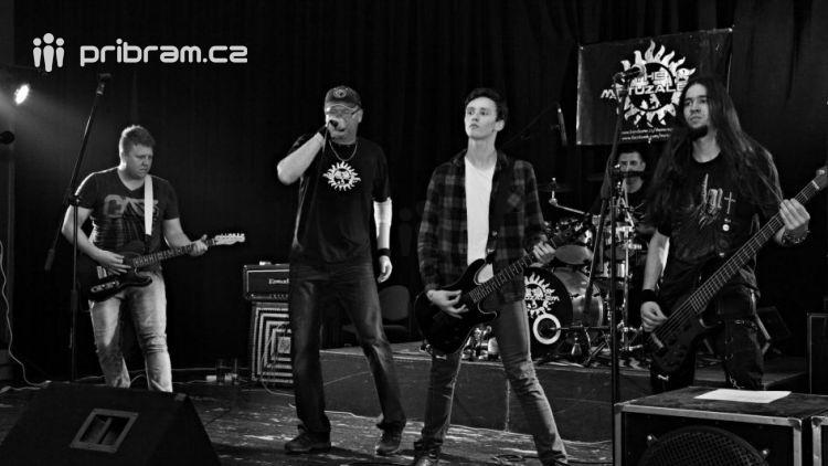 Rockeři zahrají pro Matyáška 29.dubna v Rožmitále pod Třemšínem