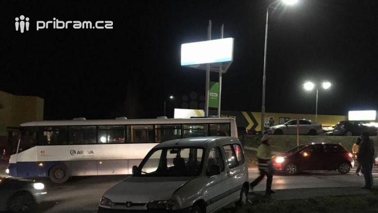 Dopravní nehodu zavinilo auto bez řidiče