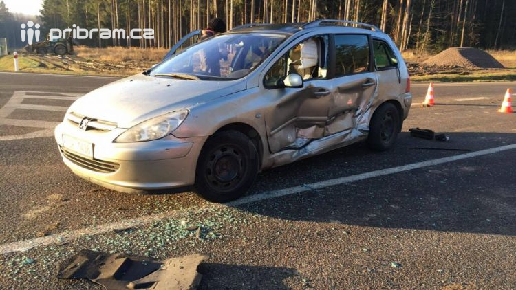 Nedání přednosti v jízdě bylo příčinou dopravní nehody