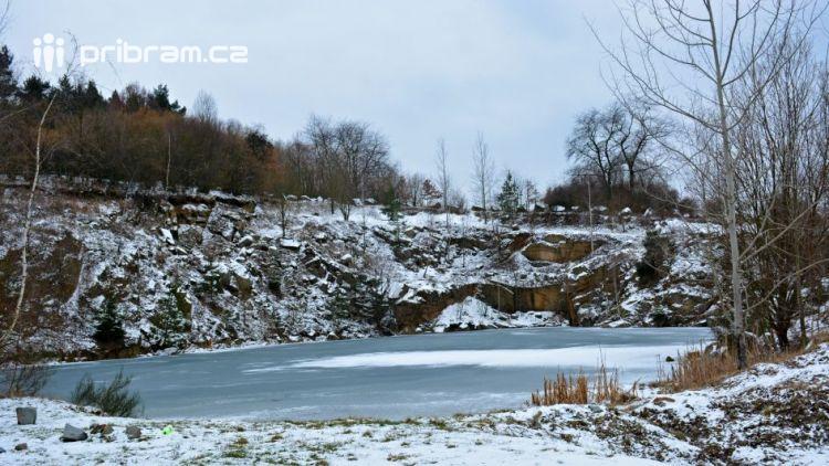 Bezděkovský lom má své kouzlo i v zimě