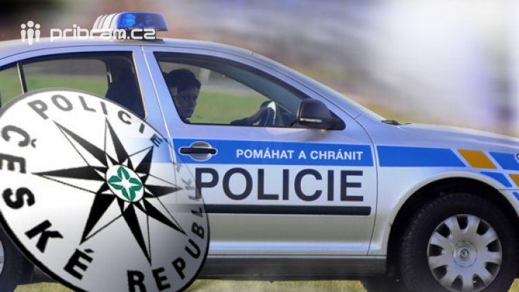 Zfetovaný řidič ujížděl policejní hlídce