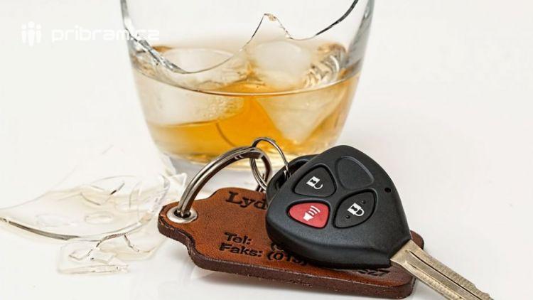 Opilého řidiče zastavila policejní hlídka hned dvakrát v jednom dni