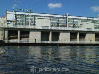 Kamýcká elektrárna je po odstávce opět v provozu