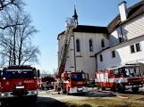 Hasiči procvičovali likvidaci požáru na březnickém zámku
