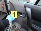 Vloupal se do nákladního auta pro dvě krabičky cigaret a byl vzápětí dopaden