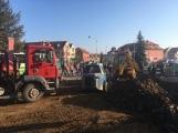 V Dobříši je obnovován povrch Mírového náměstí