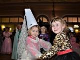 První charitativní karneval na pomoc malé Laurince, skrývá srdceryvný příběh