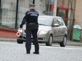 Městská policie se občas setkává i s vulgarismy, usvědčit hrubiána může pomocí minikamery