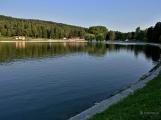Novák se začíná zelenat, kvalita vody ke koupání poklesla
