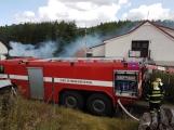 AKTUÁLNĚ: U Skalice je seník v plamenech, zasahuje několik jednotek hasičů