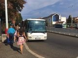Od soboty 1. září začnou platit slevy jízdného pro studenty a seniory