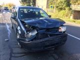 Aktuálně: Po střetu tří vozidel kolabuje Strakonická