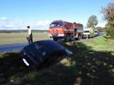 Aktuálně: Dodávka se střetla s Peugeotem, na místě zasahují hasiči a zdravotníci
