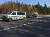 Aktuálně: Dvě havarovaná vozidla částečně blokují sjezd z dálnice D4