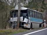 Video: Vážná dopravní nehoda autobusu u Věšína obrazem