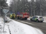 Aktuálně: U Bytízu skončilo osobní auto mimo komunikaci