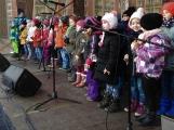 Děti zazpívaly vánoční písně, rodiče byli dojatí