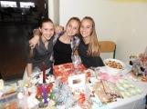 Vánoční jarmarky zaplnily základní školy