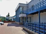 Rodinný den v Aquaparku nabídne spoustu zábavy, nafukovací atrakci i občerstvení s výhledem na bazén