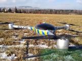 Video: Policejní dron pomáhal dohlížet na opuštěné chaty