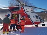 Zraněný snowboardista opouštěl Kvasejovice v záchranářském vrtulníku