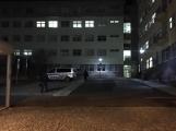 Právě teď: Skokem z okna ukončila svůj život pacientka v příbramské nemocnici