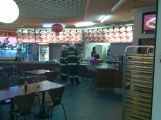 Hasiči zasahovali v obchodním domě Stavus kvůli spálenému jídlu