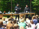 Policie prezentovala svou práci na dětských táborech
