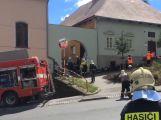 Žena v Hořovicích zemřela poté, co jí zavalila zemina