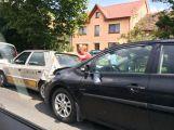 Hromadná havárie v Milínské, srazily se zde 3 vozy