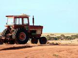 Při nehodě traktoru vznikla škoda 700 tisíc