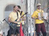 Náměstí TGM se včera rozeznělo zvuky bicích a kytar